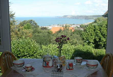Braebrook - SeaView - Aberporth