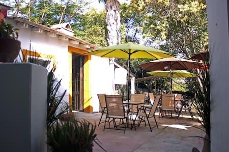 Precious estate home - Santiago - Dağ Evi