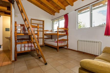 Alberg La Solana - 3 - Group/Family Room (4 - 6 persons) - Reduced Movility - Huoneisto