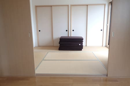 Clean bright Apt. Nagahama-city - Huoneisto