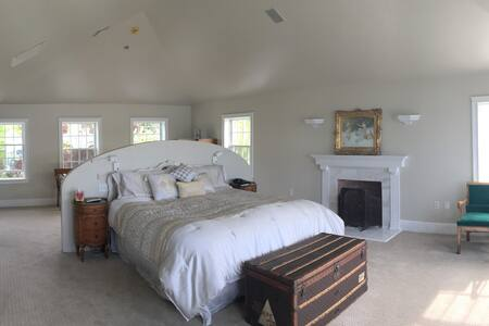 Luxurious Master Suite on the Bay(near Portsmouth) - Ház