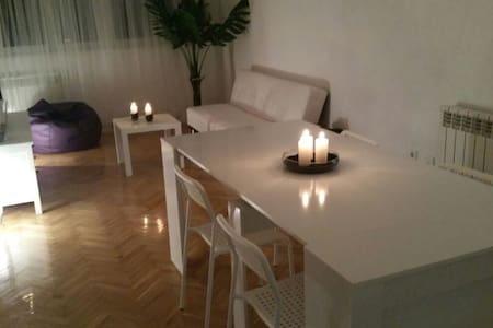 Un bel apartement - Fuenlabrada - Apartamento
