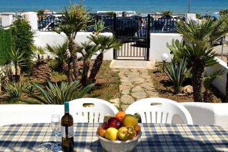 Casa vacanze sul mare - Villa
