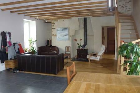 Grande maison familiale proche Nantes et plages - Brains