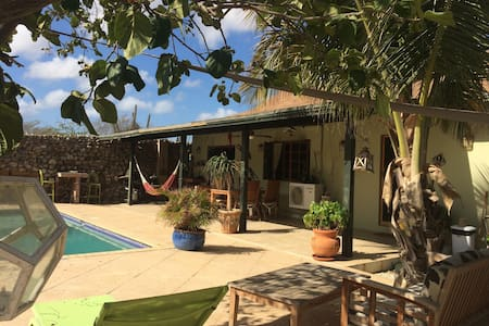 Country villa with garden and pool - Paradera