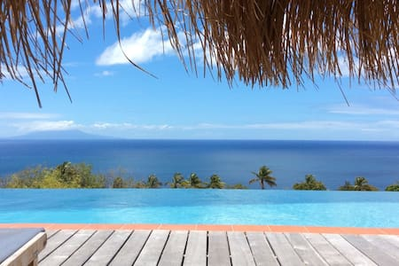 Stunning Views of the Caribbean Sea - La Pointe - Villa