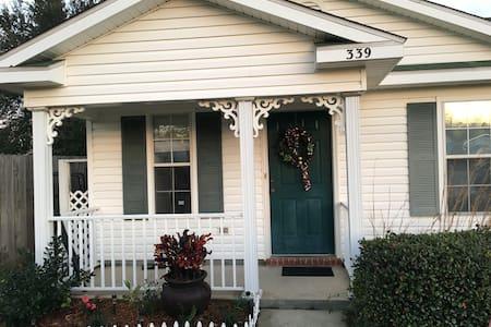 Bright and Cheery home,NW Pensacola - Pensacola - Ház