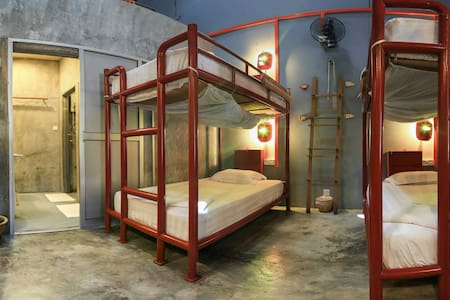 MotoDorm=Bed+Motorcycle/Bicycle - Langkawi - Dorm