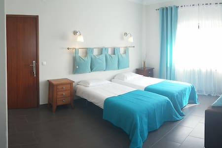 """Stunning view Alcobaça - """"Mar"""" - Alcobaça - Bed & Breakfast"""