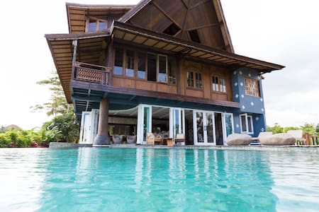 Quiet Wooden House With Pool Cemagi - Villa