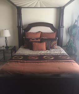 Luxurious Bed, Bath & Breakfast! - Cumming - Ev
