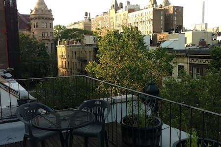 Upper West Side Apt. w/ Roof Deck - Apartment