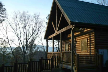 Perfect for Honeymoon/Anniversary/Romantic Getaway - Pigeon Forge - Kulübe