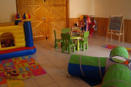 * Maison rurale pour les familles - Ev
