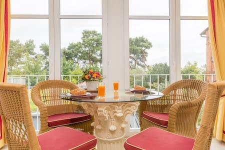 Exklusive Ferienwohnung am Strand - Binz - Wohnung