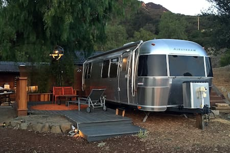 Malibu Wine Country Airstream - 亚哥拉山(Agoura Hills)