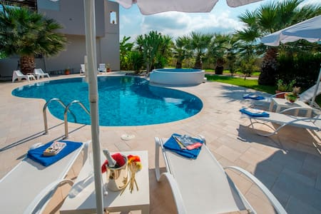 LUXURY XENOS VILLA2  WITH POOL  - Kos