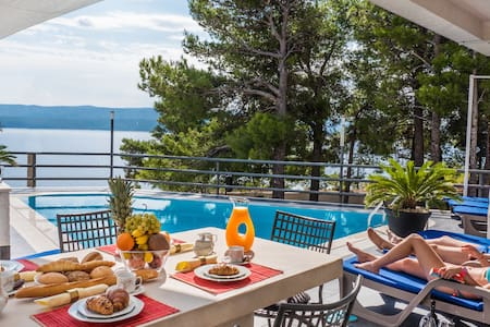 """Sea view from the pool """"Studio"""" - Lokva Rogoznica - Villa"""
