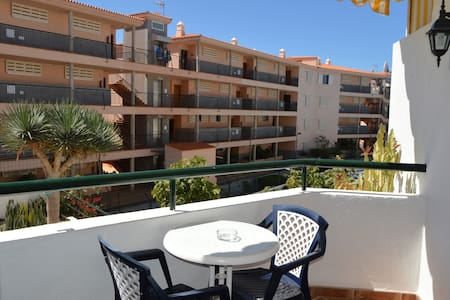 Lovely studio in Los Cristianos - Appartement