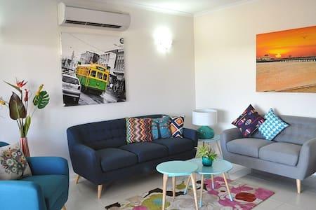 3 bedrooms Villa in Palmerston, NT - Dom