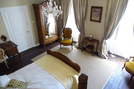 La Ruche Bed & Breakfast, Chaillac - Chaillac - Bed & Breakfast