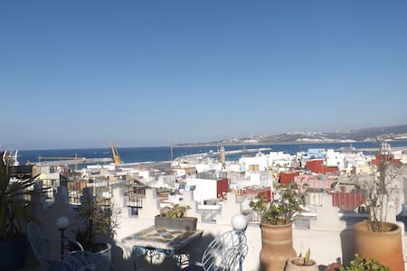Chambre avec brunch en terrasse, welcome home !! - Tangier