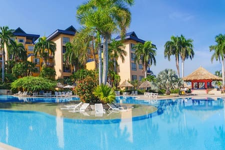Suite Zuana Beach Resort-SantaMarta - Santa Marta (Centro Turistico Culturale e Storico) - Chalet