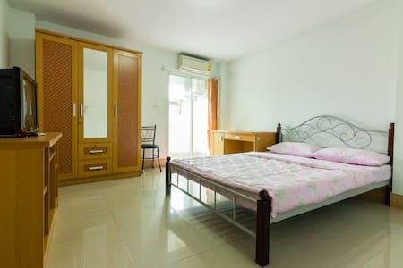 MY Home - Tambon Salaya - Apartemen