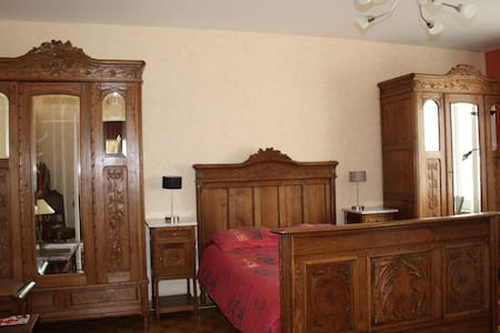Brugge-man Bed and Breakfast, Justin's room - Bruges