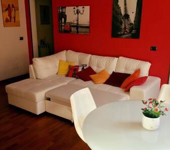 Moderno monolocale con loft nel cuore di Livorno! - Livorno - Appartement