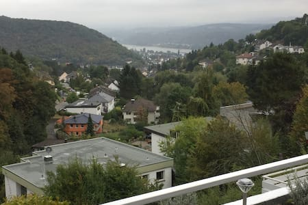 Blick auf den Rhein - Appartement