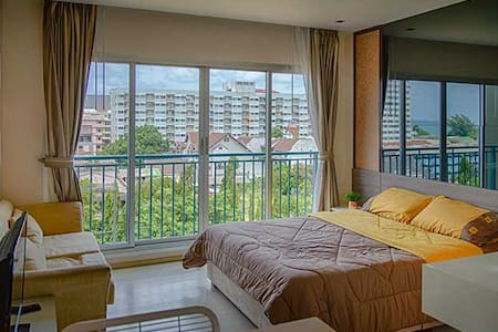 The Gallery Condo - at 100 m from the beach - Jomtien