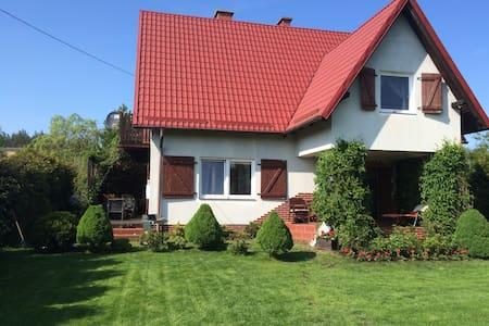 Dom na Kwiatowej - Junoszyno - Huis