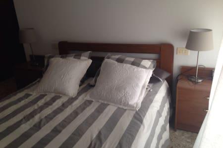 Piso 4 dormitorios pueblo rural - Mora de Rubielos  - Lejlighed