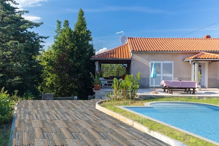 Villa with swimming pool - Dobrinj - Villa