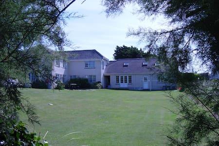 Tamarisk, Garden Cottage Flats - Saint Merryn - Appartement