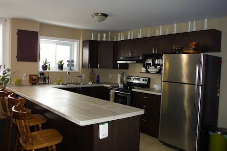 1800's 2 Bedroom Penthouse in Old Town - North Grenville