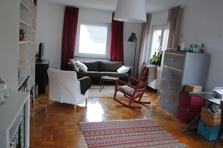 Geräumige Wohnung in den Weinbergen - Appartement