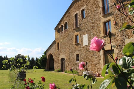 Mas Empordà, a coutry holiday house - Villa