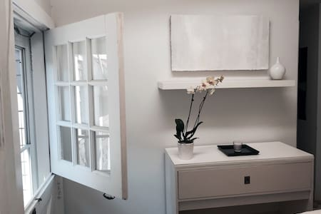 Designer's Plush Atelier Studio - Provincetown - Lägenhet