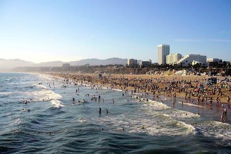 The Ultimate Santa Monica Dream