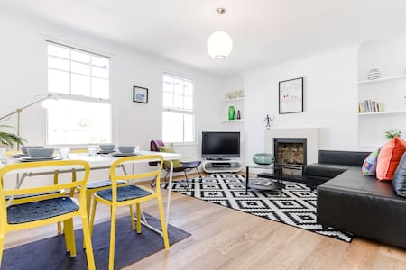 Bright 3 Bed in Shoreditch