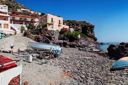 Camera affitto sul mare - Alicudi - Lipari - Casa