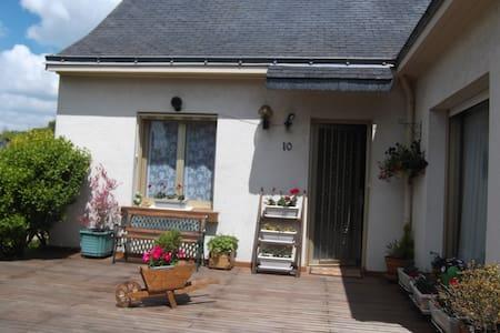 Maison agréable avec jardin - Maison