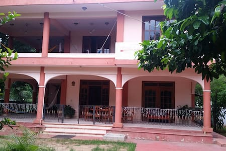 Mango Double Room w/shared bathroom - Puerto Escondido - Villa