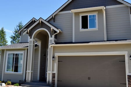 New Golf Course Home Near Chambers Bay - Bedroom 2 - Lakewood - Haus