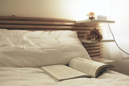 Cozy private room 1min to NTU
