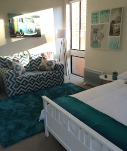 Sunny studio apartment Canberra - Lyons