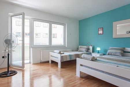 Louisstel Blue Room #Private Terrace #Wi-fi - Wohnung