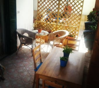 Two-room apartment near the beach - Cozze - Casa